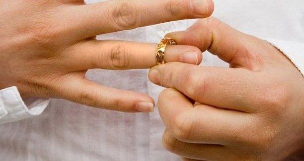 Як розуміти слова Ісуса про розлучення?